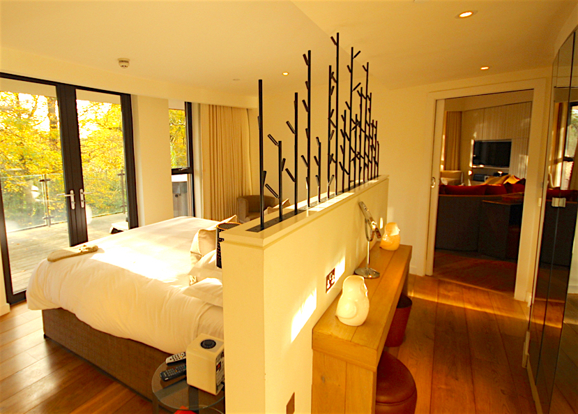 A treehouse retreat: elegance and luxury at the Chewton Glen - Travel with Penelope & Parker
